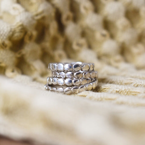 Essential Dotted Ring (Silver Size 5)