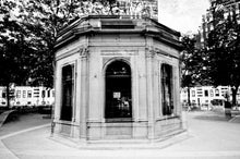 Cafe Ronde / Montreal / Art Photography