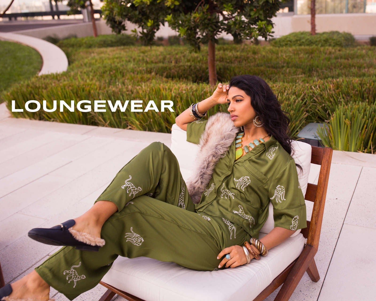 Green embroidered loungewear / pajamas