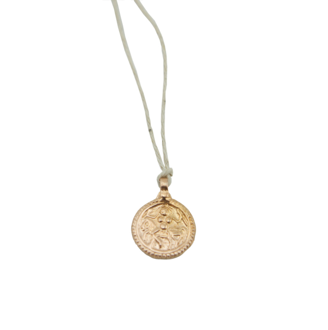 Amulet Round Rose Gold on Natural Hemp