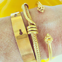 Ancient Snake Bracelet Gold