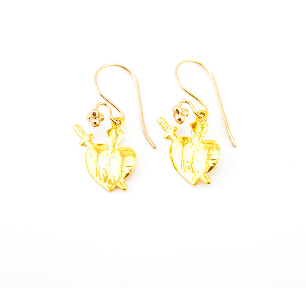 Hart and Sword Earring Gold