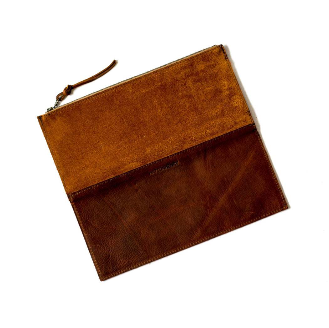 FOLDOVER CLUTCH Rust Brown • Oil Tanned Leather Bag