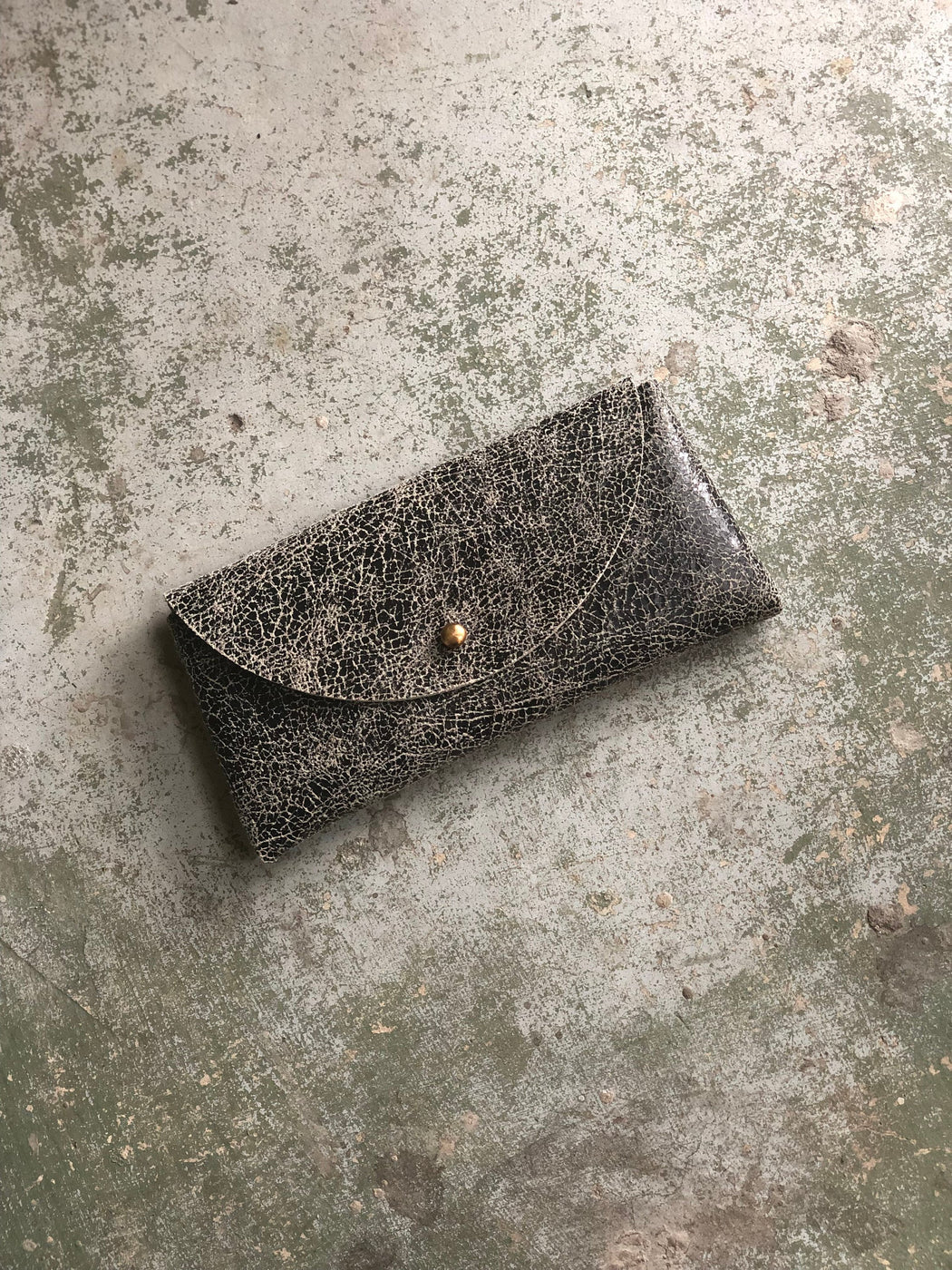 SUNNIES CASE Slate Crackle Leather • Textured Leather Sunglasses Pouch or Wallet • Limited Edition
