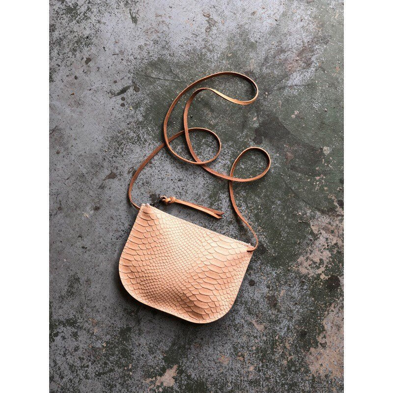 LUNA CROSSBODY Snakeskin Veg Tan • Embossed Leather Bag