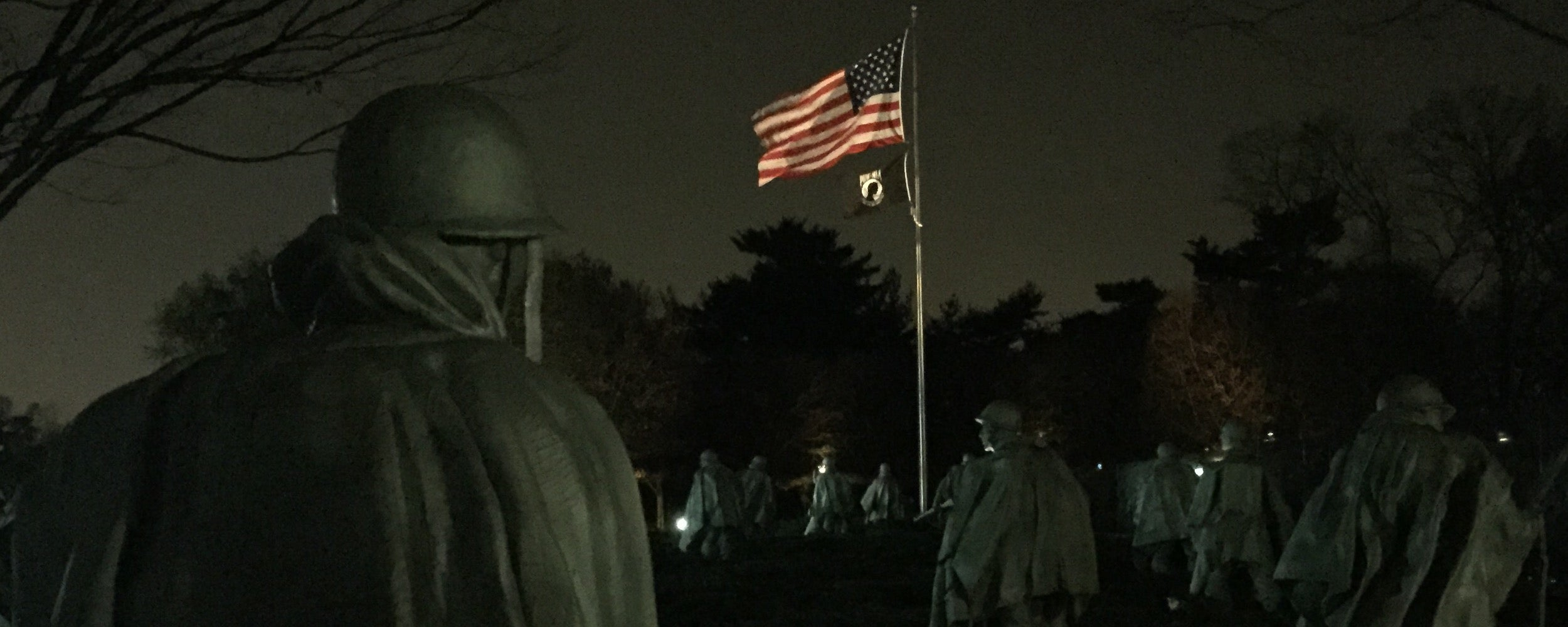 100% American-Made United States Korean War Veterans flags from LIBERTY FLAGS, The American Wave®