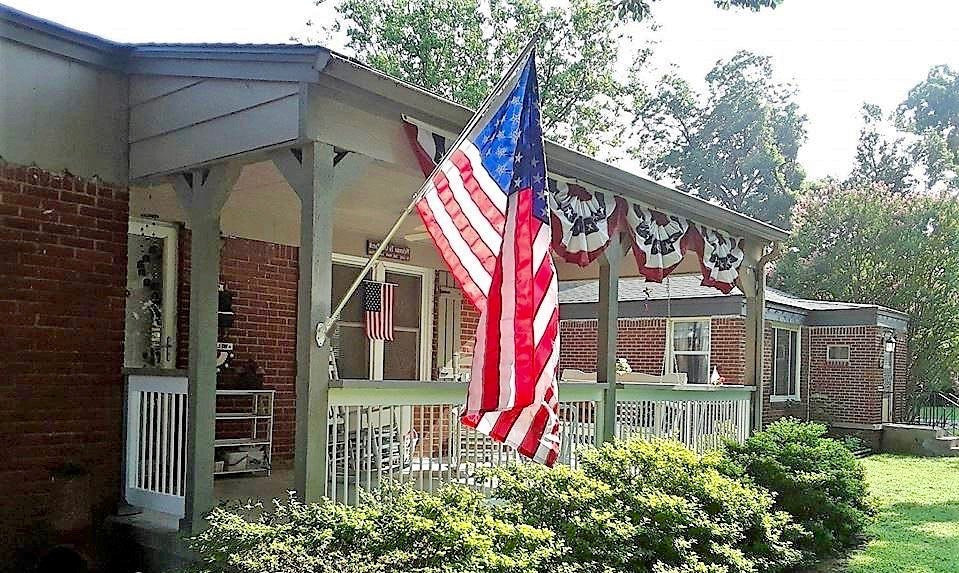 The American Wave® Residential American Flag Set with Spinning Pole