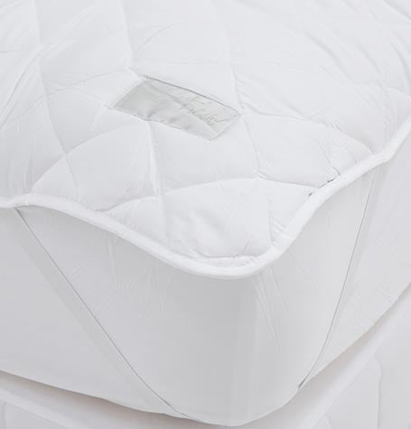 Guest Fresh Strapped Mattress Protector
