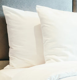 75|25 White Bed Linen - Cotton Rich