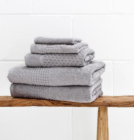Guest First 100% Cotton Jacquard Bath Mats