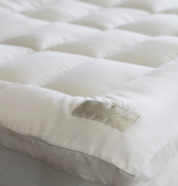 Guest Fresh 800GSM Heavenly Mattress Topper