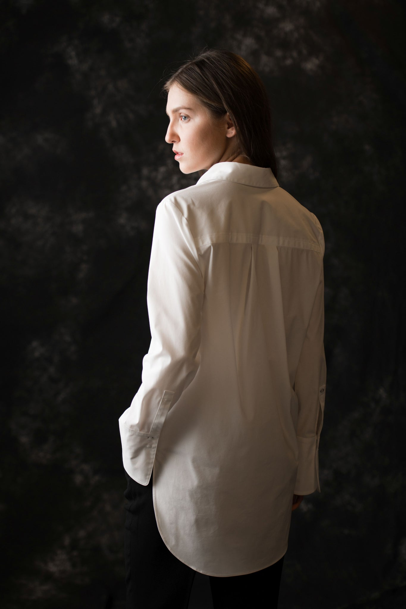 Mercer Pull Over women's white blouse - Less than none Greater than