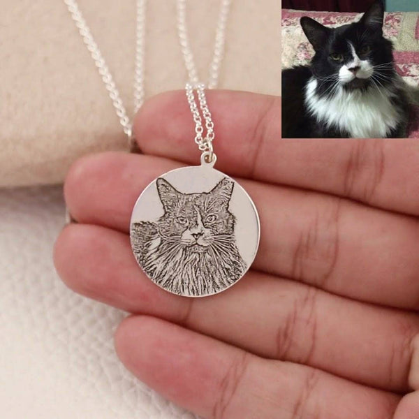 Customize Photo Necklace Round - Sketch