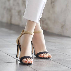 Fashion Design Black Strappy Party Dress Sandals for Women's small feet