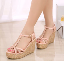 Petite Feet Ladies Platform Wedge Heel Sandals SS285