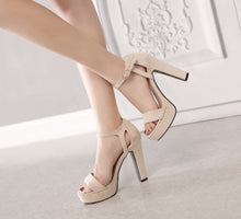 Petite Feet Women's Chunky High Heel Platform Strap Sandals AS217