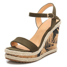 Petite Platform Wedge High Heel Ankle Strap Sandals Size 1