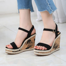 Petite Platform Wedge High Heel Ankle Strap Sandals Size 4.5