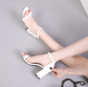 Patent Block Heel Sandals US2(eu32) Sale