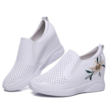 Petite Slip On Inner Heel Leather Sneakers AP120
