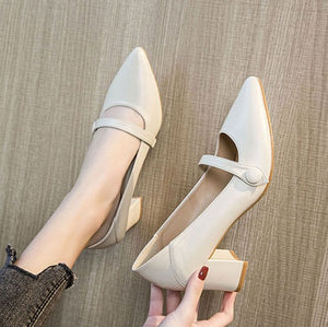 Small Size Block Heel Pump Shoes For Women DS213