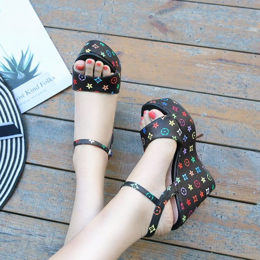 Small Size High Heeled Wedge Sandals BS152