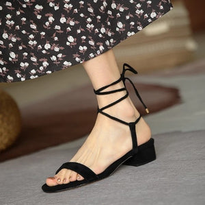 Small Size Low Heel Strap Sandals DS234