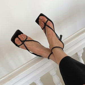 Small Size Strappy Heels For Women BS305
