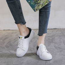 Small Feet Ladies Soft Sole Leather Sneakers AP57