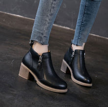 Small Size Block Heel Leather Booties AP109