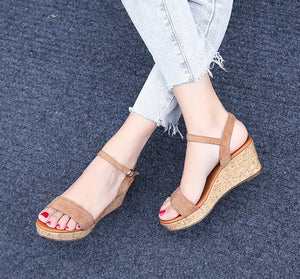 Women Petite Size Ankle Strap Wedge Heel Sandals Canada Size 3