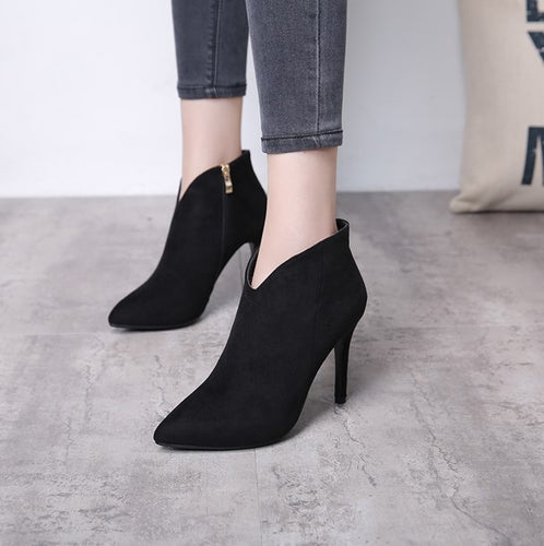 a3ada59977c Womens Small Size Boots, High Heeled Lady Boots Size 2, Size 3, Size ...