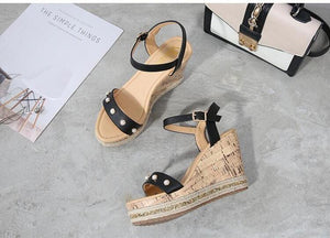 Women's Small Size Black Open Toe Strappy High Wedge Platform Heel Wood Decoration Buckle Sandals