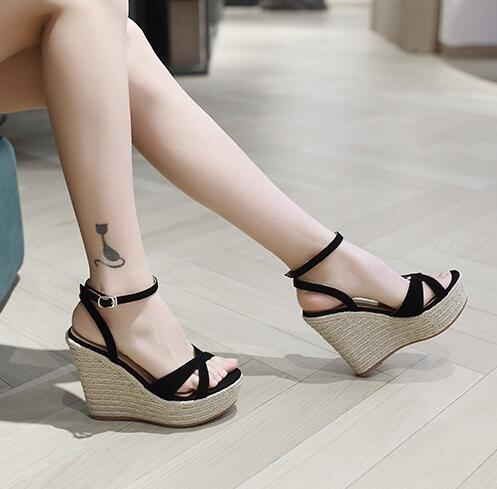 Womens Ankle Strap Petite Wedge Sandals SS113