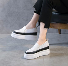 Womens Small Size Thick Sole Leather Trainers SS160