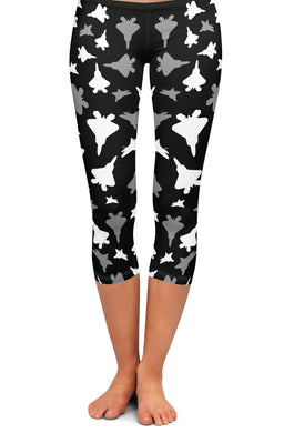 Fighter 2 Silhouette Capri Leggings