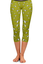 C-130J Detailed Capri Leggings