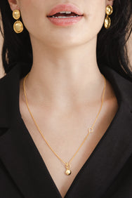 model wearing the Flash Jewellery Eva necklace available on Maker's Mrkt Makers Market Melbourne 18ct gold