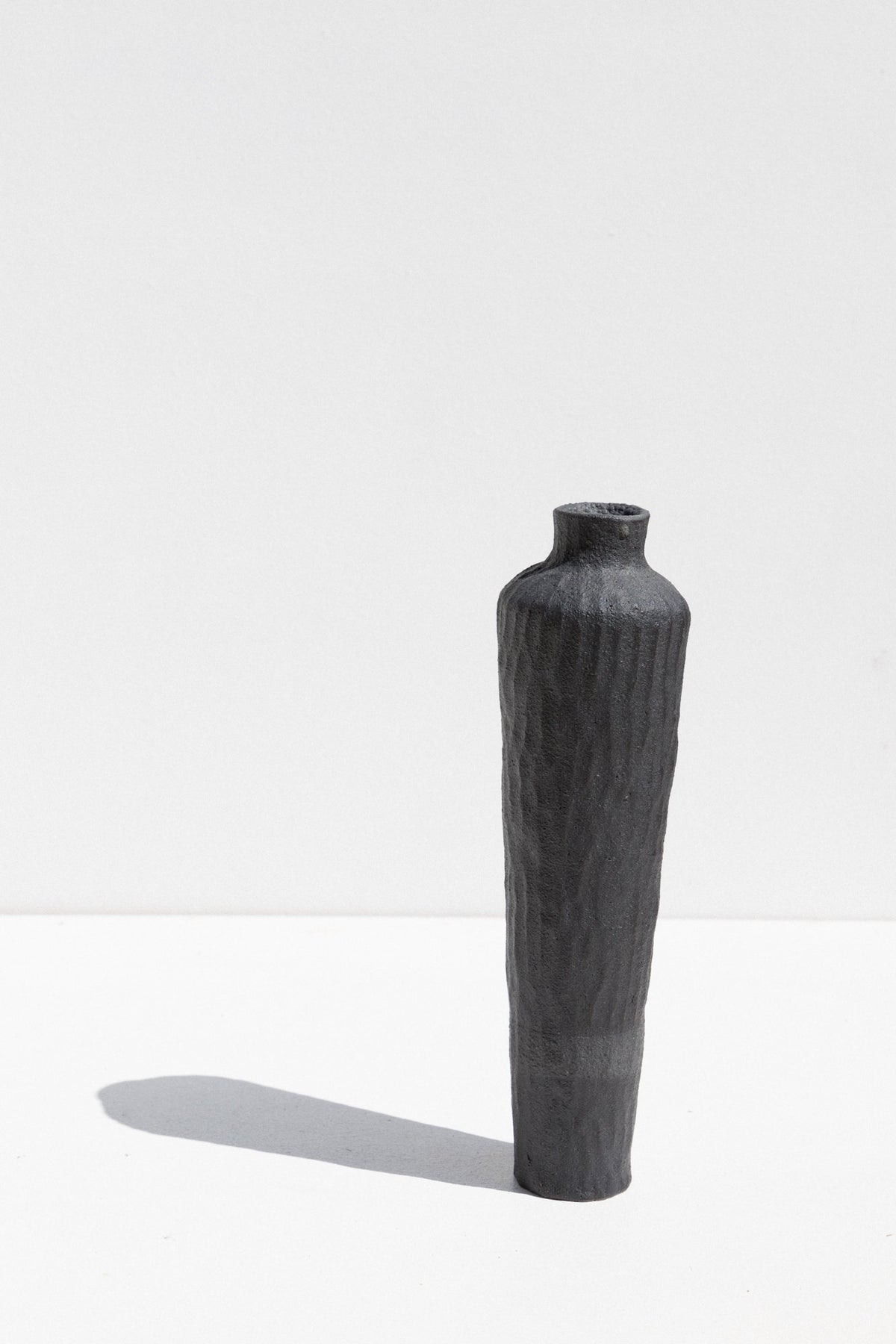 Kerryn Levy Charcoal stoneware Naked Clay Vase in Size Medium Maker's Mrkt Makers Market Melbourne