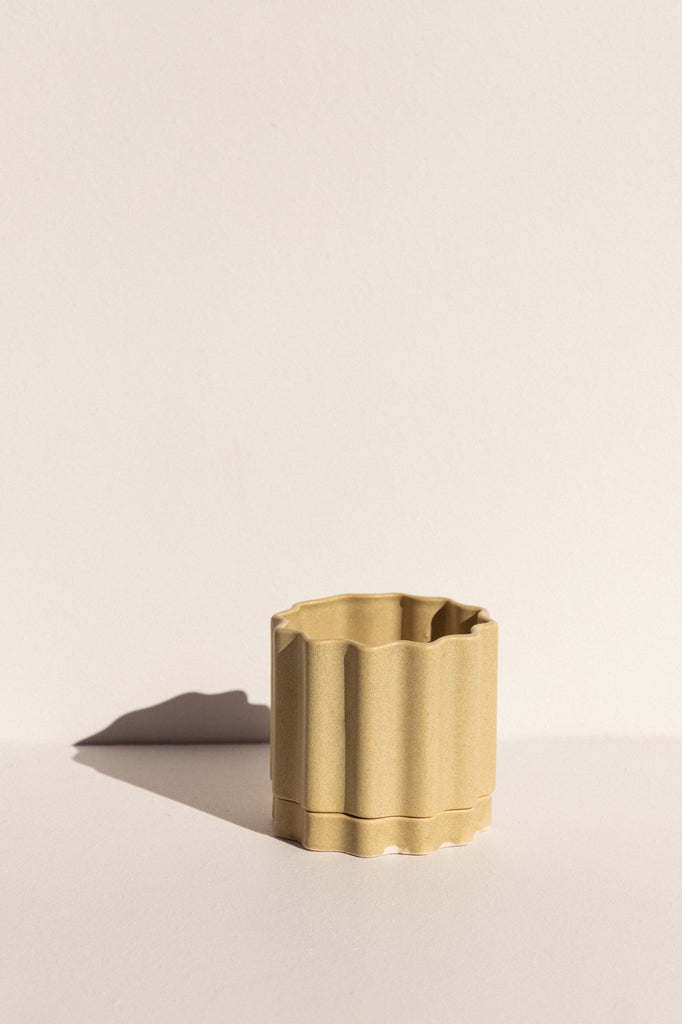 Ella Reweti small ceramic planter in wheat colour on Makers' Mrkt Makers Market Melbourne