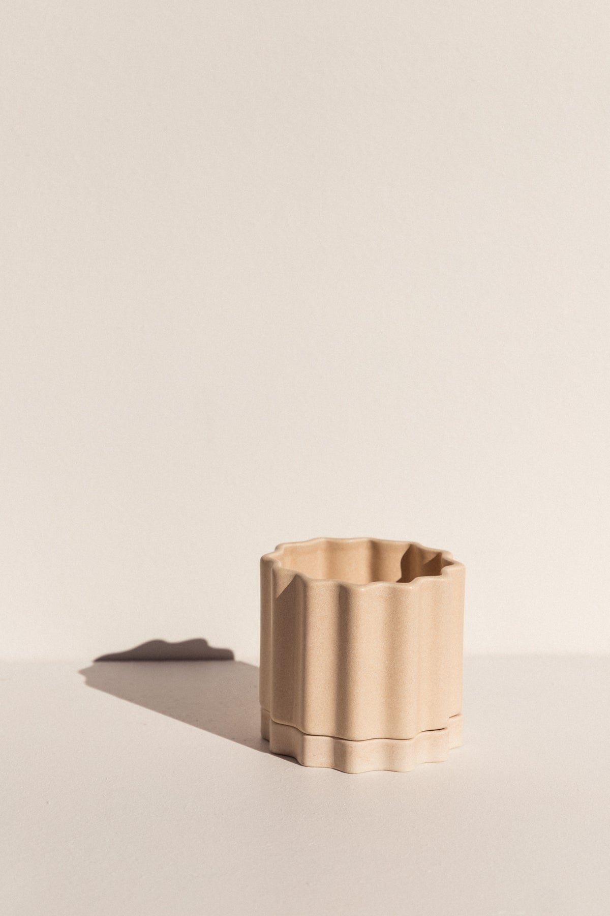 Ella Reweti small ceramic planter in buff colour on Makers' Mrkt Makers Market Melbourne
