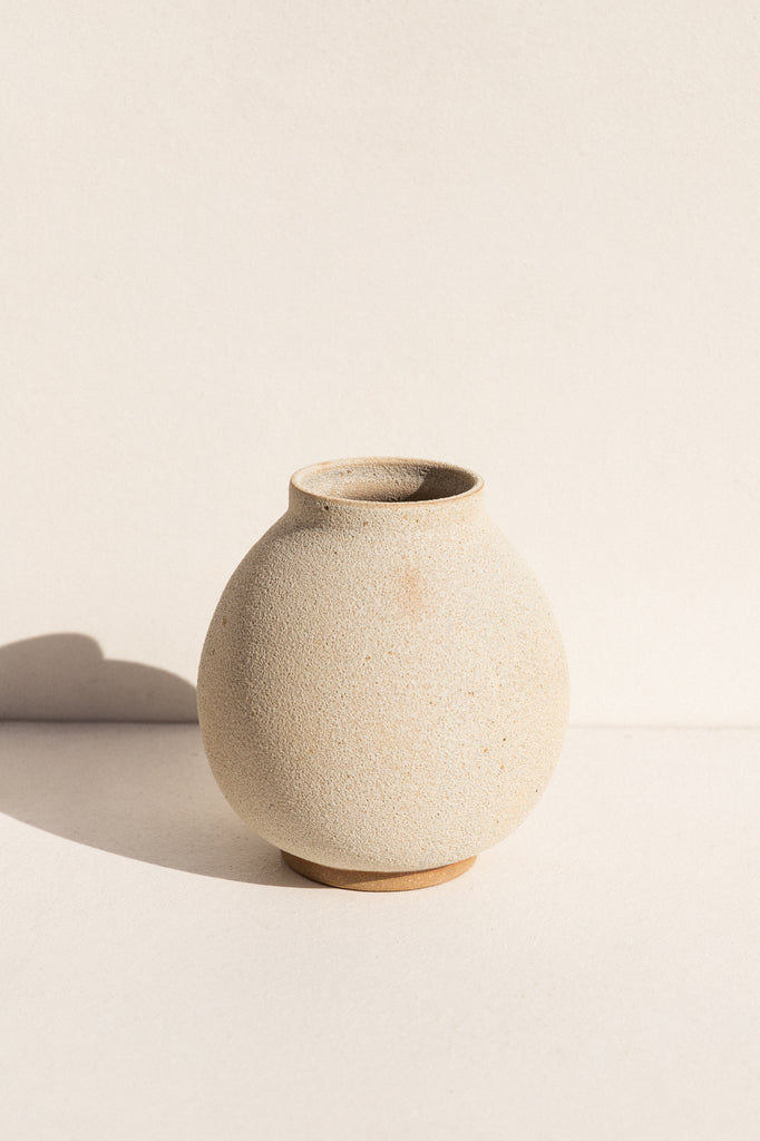 asobimasu clay ceramic Moon vase in crater on makers market Makers Mrkt Melbourne