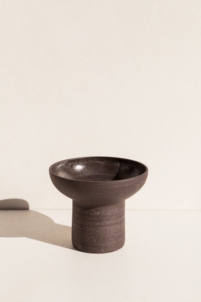asobimasu clay ceramic black Flared Vessel on makers market Makers Mrkt Melbourne