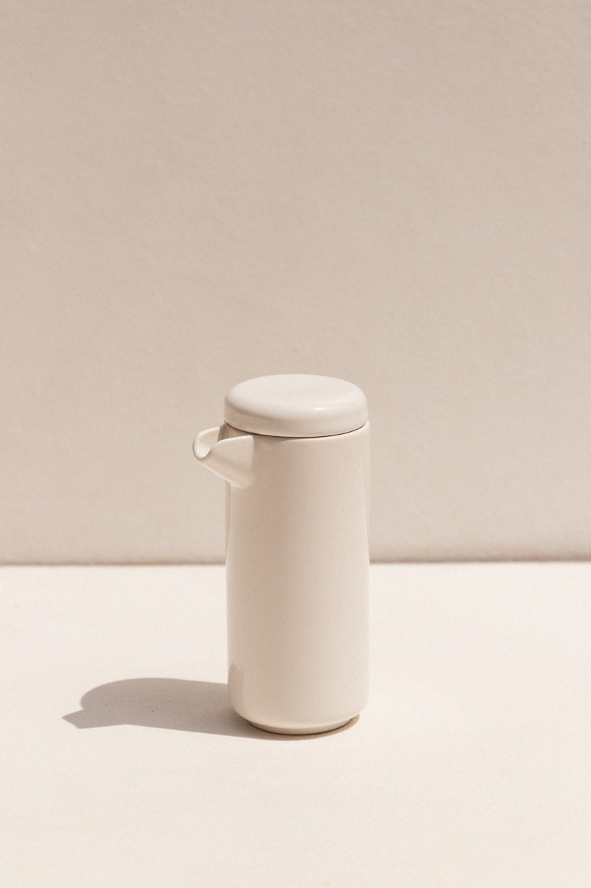 Gidon Bing Sating white Small twin wall coffee or tea pot on Makers' Mrkt Makers Market Melbourne Guft ideas