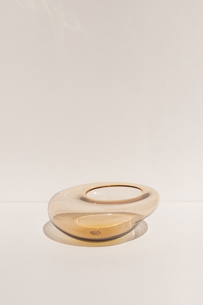 Drew Spangenberg Time Warp  glass bowl in soft amber on makers' Mrkt Makers Market Melbourne