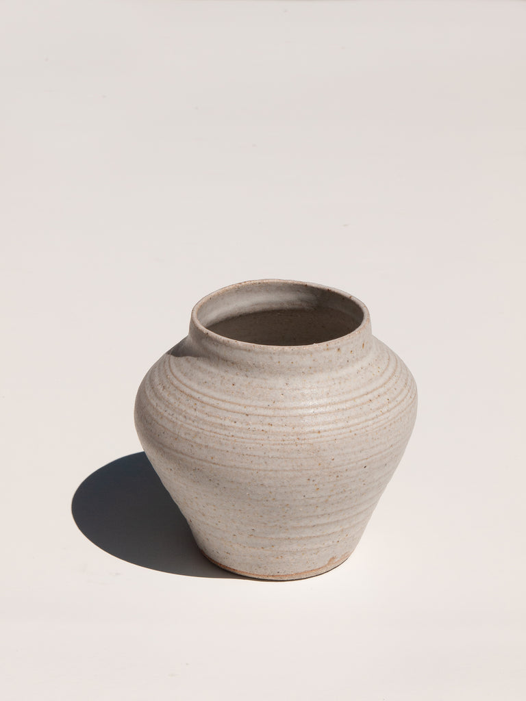White glaze Shibo belly vase in white monochromatic interior Maker's Mrkt Maker's Market Melbourne Asobimasu Clay