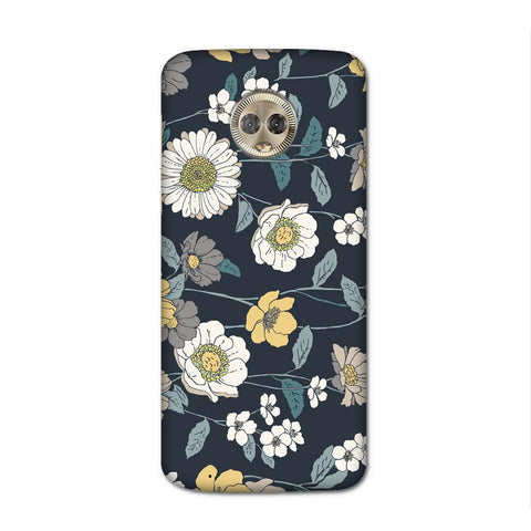 White Flower Dark Case for Moto G6