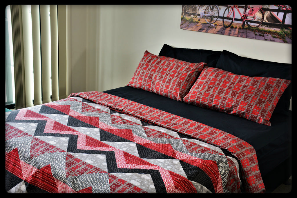 Queen Size Colorful Cotton Quilt Covers by Naqsh (Style: Lava with Black Sheet)