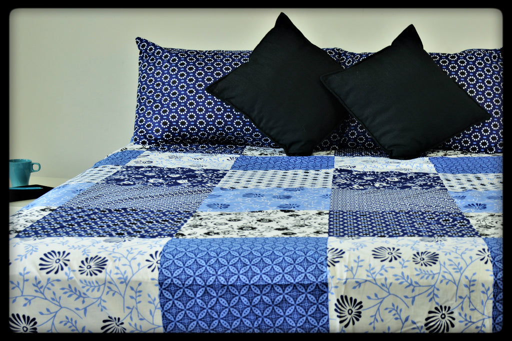 Queen Size Cotton Fitted Bed Sheets by Naqsh (Style: Barsaat)