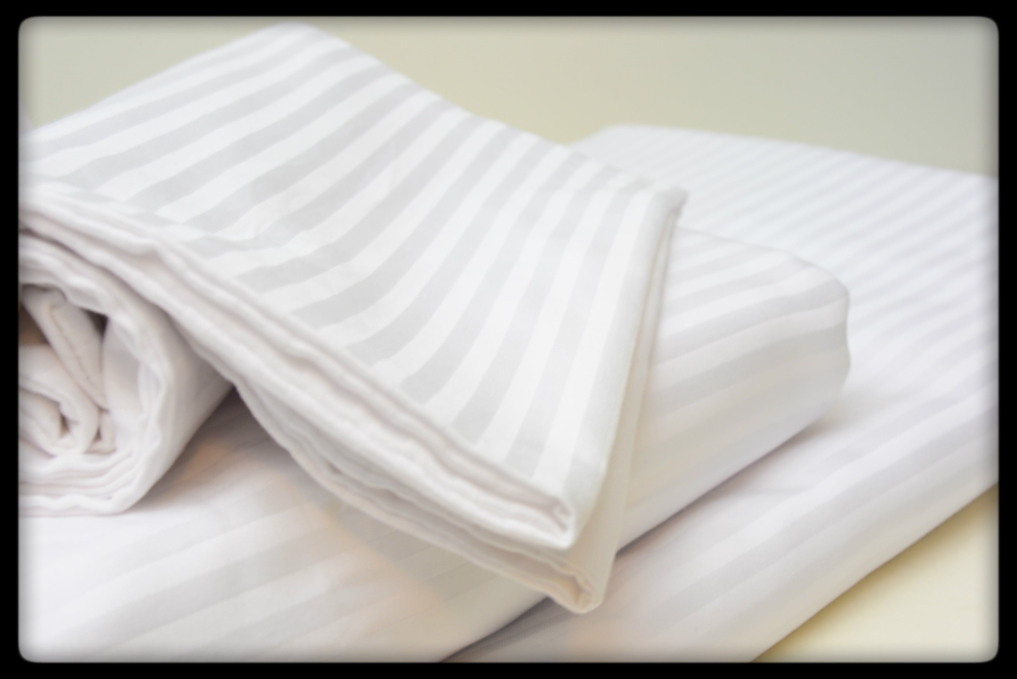 Cotton Fitted Sheet (Style: Plain White with Stripes)